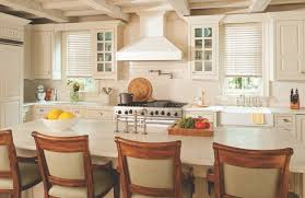 Plantation Shutters And Blinds Why Some Homeowners In Southern California Confuse Plantation