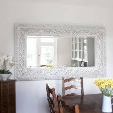 Choose the Right Decorative Mirrors