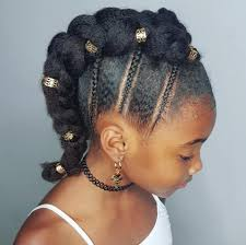 mwahahwk hairstule done using kinky braided mohawk hairstyle for kinky haired girls natural hair