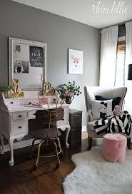 Best  Vintage Style Bedrooms Ideas On Pinterest Vintage - Vintage style interior design ideas