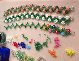 bead flower bracelet images Daisy chain bracelets fashion beads and accessories jpg