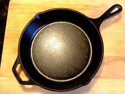 75 Squared by Kitchen Accessories 14 Inch Cast Iron Skillet Plus Le Creuset