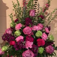 flower delivery wichita ks laurie s house of flowers snapdragons flower delivery