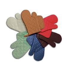 maniques cuisine maniques et gants de cuisine trop pratique maxi bazar