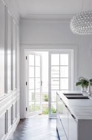 renovation appartement haussmannien oltre 20 migliori idee su decoration appartement haussmannien su