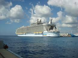 largest cruise ship in the world top 10 biggest cruise ships in the world in 2011