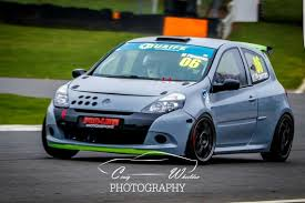 renault clio rally car racecarsdirect com clio cup race car now breaking