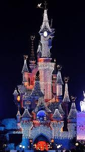 When Do Christmas Decorations Go Up At Disneyland Https I Pinimg Com 736x Bb De 19 Bbde199fd253a83