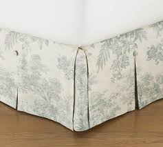 Pottery Barn Toile Bedding 31 Best Bedding Images On Pinterest Guest Bedrooms Pottery Barn