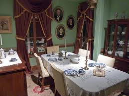 amazing victorian dining room decor with white table cloth and red