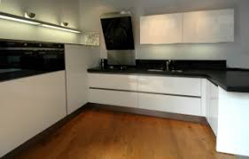 hauteur pour une hotte de cuisine hauteur hotte et crédence