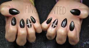 how to do striped nail art with rhinestones 11 steps curly there