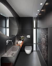 Narrow Bathroom Designs That Everyone Need To See - Narrow bathroom design