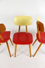 ton sedie sedie vintage rosse e color crema di ton anni 60 set di 3 in