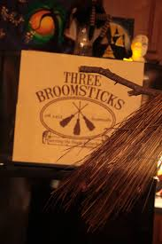high resolution halloween images the three broomsticks logo from harry potter huge high