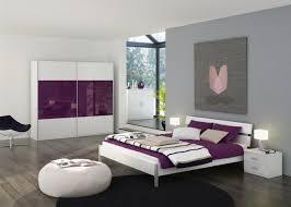 schlafzimmer lila schlafzimmer wandfarbe ideen fr grelle schlafzimmer für
