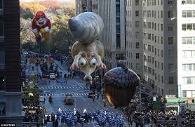 macy s thanksgiving day parade steps in new york daily mail