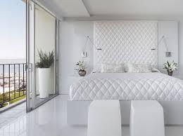 chambre blanc tout blanc comme ces jours ci intérieurs blancs comme la neige