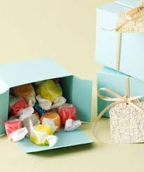 salt water taffy wedding favor candy crate unique salt water taffy party favor brian i