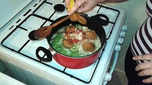 comment cuisiner poulet fumé poulet fumé sauce gombo