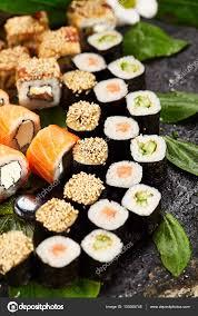 jeu de cuisine sushi jeu de sushi japonais photographie ryzhkov86 139368748