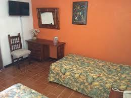 hotel bajo el volcan cuernavaca mexico booking com