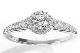 kohl s wedding rings 4 pretty engagement rings that vera wang designed for kohl s