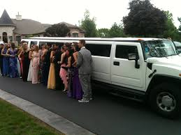 white hummer limousine file hummer limo used for prom jpg wikimedia commons