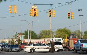 traffic lights not working power outages impact traffic commerce in saginaw kochville