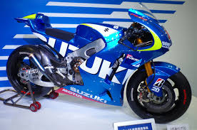honda unveils bulldog concept motorcycle suzuki u0027s moto gp machine bikes pinterest