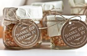 popcorn wedding favors simple gift popcorn in a jar gift favor ideas from evermine