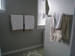 bathroom towel design 1000 ideas about hanging bath towels on