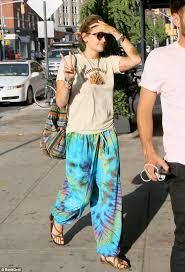 hippie style paris jackson flaunts hippie style in tie dye pants daily mail