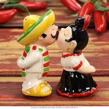 cute salt and pepper shakers kissing mexican magnetic salt and pepper shakers retroplanet com