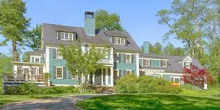 Cottages That Allow Dogs by 10 Dog Friendly Places To Stay In Maine From York To Northport