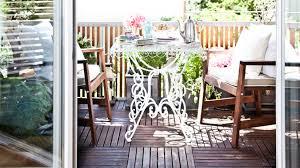 balkon accessoires balkon deko das leben draußen genießen westwing