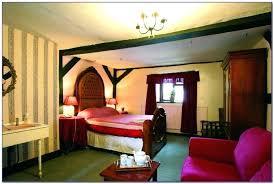 queen anne bedroom set queen anne style bedroom sets queen style bedroom furniture on