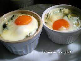cuisiner les courgettes oeufs cocotte sur lit de courgettes au gorgonzola cuisiner avec