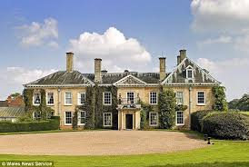 country mansion liz hurley and shane warne to spend fortune restoring 癸6million