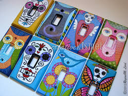 painted light switch covers here are my painted light switch plates i made this sweet owl not