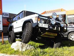 lifted land rover discovery body lift kit