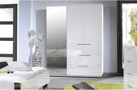 chambre a coucher blanc laque brillant chambre à coucher blanc laqué chrome novomeuble
