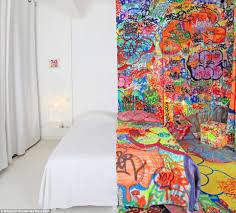 au vieux panier french hotel commissions graffiti artist tilt to