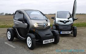 renault japan renault twizy we drive the bonkers moon buggy ev slashgear