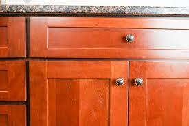 Clean Kitchen Cabinets Wood How To Clean Kitchen Cabinets So They Shine Self Cleaning Home