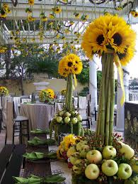 Centerpieces With Sunflowers by 27 Best Sunflower Theme Images On Pinterest Flower Arrangements