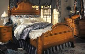 furniture wonderful victorian bedroom using canopy bed and wall