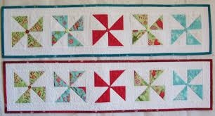 Holiday Table Runners by Colleen U0027s Quilting Journey Free Pattern Holiday Pinwheel Table