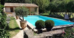 chambre d hotes avignon piscine parc et piscine château blanc à avignon