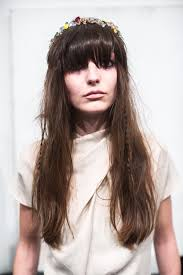 Frisuren F Lange Naturgelockte Haare by Frisuren Für Dicke Haare Schnitte Styling Und Mehr Brigitte De